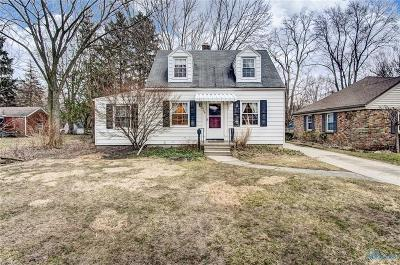 Toledo Single Family Home For Sale: 2138 Harlan Road