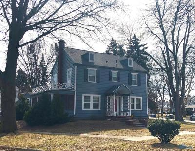 Toledo Single Family Home For Sale: 4360 Overland Parkway