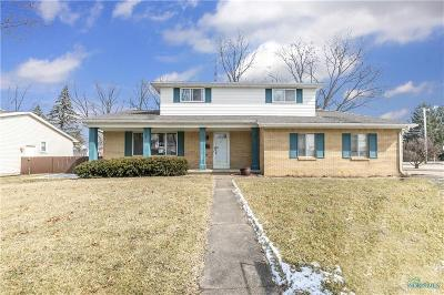 Perrysburg Single Family Home For Sale: 1091 Westbrook Drive