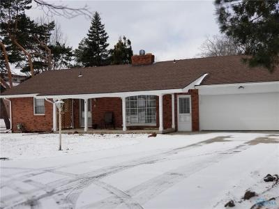 Perrysburg Single Family Home For Sale: 27633 Simmons Road