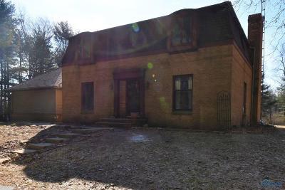 Ottawa Hills, Monclova, Oregon, Rossford, Swanton, Berkey, Metamora, Lyons, Whitehouse, Waterville Single Family Home For Sale: 1459 County Road C