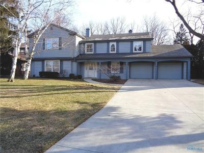 Maumee Single Family Home Contingent: 732 River Glen Road