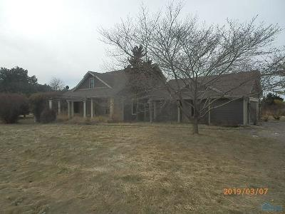 Waterville Single Family Home Contingent: 9220 Noward Road