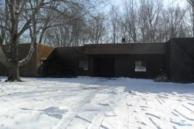 Maumee Single Family Home For Sale: 7465 Coder Road