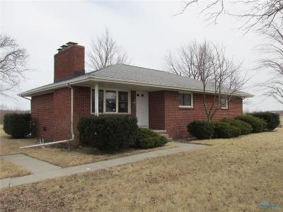 Oak Harbor OH Single Family Home For Sale: $99,500