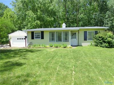 Toledo Single Family Home For Sale: 3666 Brock Drive