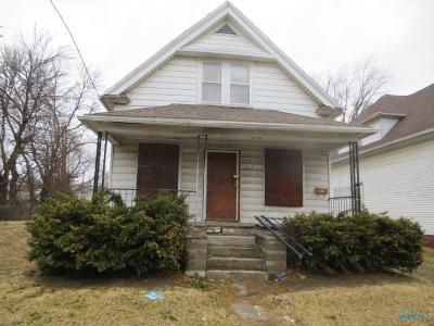 Toledo OH Single Family Home For Sale: $3,500