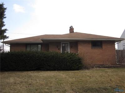Toledo Single Family Home For Sale: 4250 Packard Road