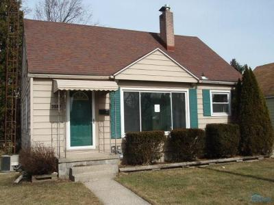 Toledo Single Family Home For Sale: 2537 106th Street