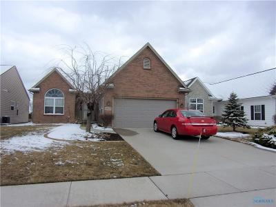 Maumee Single Family Home Contingent: 4925 Starboard Drive
