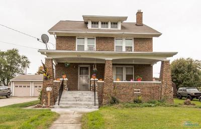 Rossford Single Family Home Contingent: 121 Bacon Street