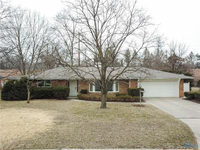 Toledo Single Family Home For Sale: 4332 Springbrook Drive