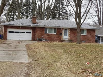 Toledo Single Family Home For Sale: 5849 Pickard Drive
