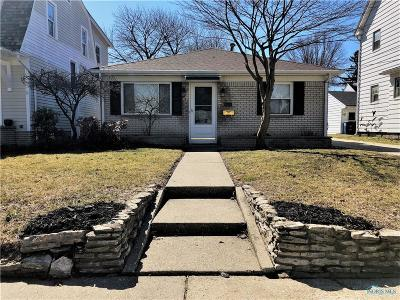 Toledo Single Family Home For Sale: 2535 Pershing Drive