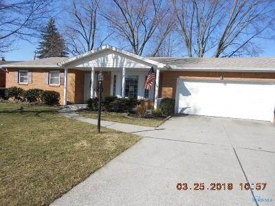 Toledo OH Single Family Home For Sale: $146,500