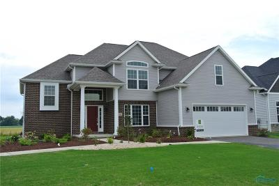 Perrysburg Single Family Home For Sale: 2986 Woods Edge