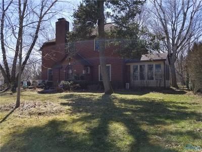 Maumee Single Family Home Contingent: 624 Miami Manor