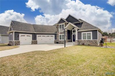 Perrysburg Single Family Home For Sale: 2355 Goldenrod Lane