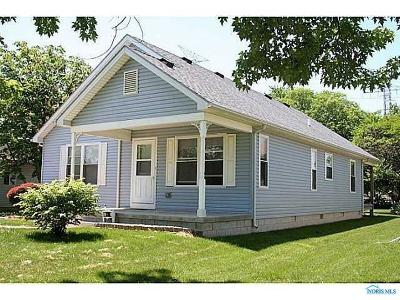 Single Family Home For Sale: 338 Eastwood Avenue