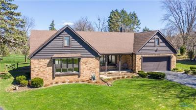 Perrysburg Single Family Home Contingent: 5 Ridgewood Circle