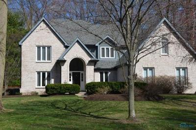 Sylvania Single Family Home Contingent: 4548 Dovewood Lane