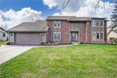 Perrysburg Single Family Home For Sale: 310 Coventry Court