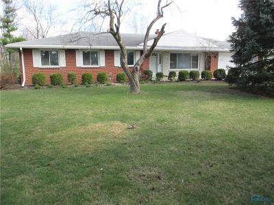Maumee Single Family Home For Sale: 5808 Monclova Road