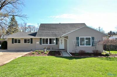 Perrysburg Single Family Home For Sale: 1031 Lones Drive