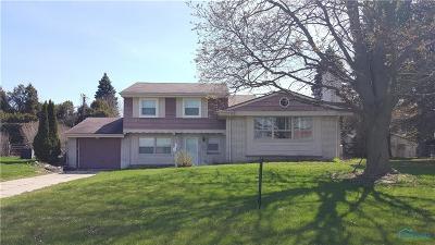 Toledo Single Family Home For Sale: 105 Carol Lane