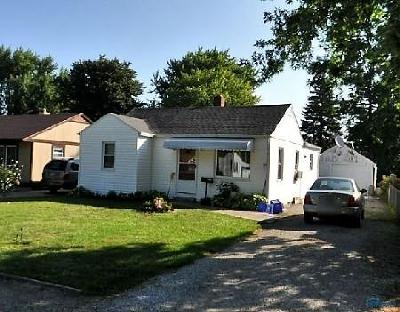 Maumee Single Family Home For Sale: 870 Lochhaven Boulevard