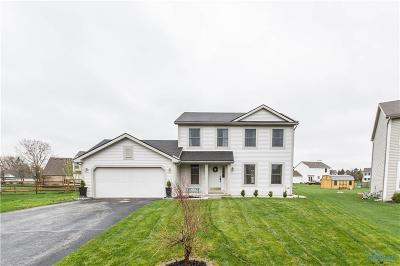Perrysburg Single Family Home Contingent: 1337 Seneca Creek Court