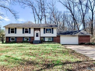 Sylvania OH Single Family Home For Sale: $139,900