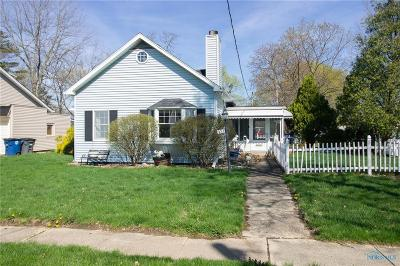 Perrysburg Single Family Home For Sale: 327 W 5th Street