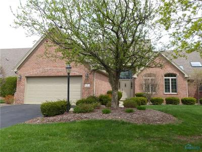 Perrysburg Condo/Townhouse For Sale: 7 Callander Court
