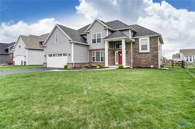 Perrysburg Single Family Home Contingent: 2861 Woods Edge