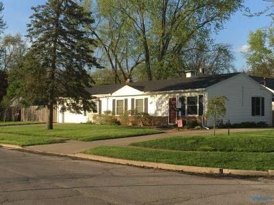 Single Family Home For Sale: 143 Derbyshire Road