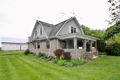 Perrysburg Single Family Home For Sale: 5341 Strail Road