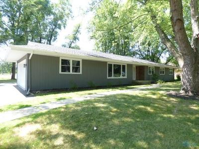 Maumee Single Family Home Contingent: 6117 S Chanticleer Drive