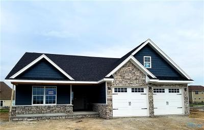 Perrysburg Condo/Townhouse Contingent: 25404 East Sunset Maple Drive #Lot 89