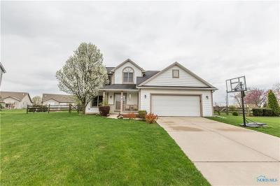 Perrysburg Single Family Home Contingent: 26550 Woodmont Drive