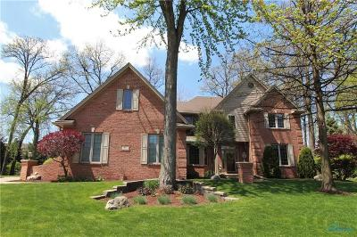 Maumee Single Family Home For Sale: 7842 Oak Leaf Court