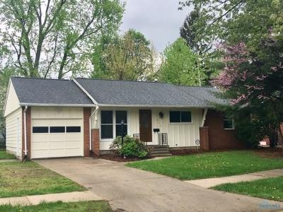 Waterville Single Family Home Contingent: 819 Cherry Lane