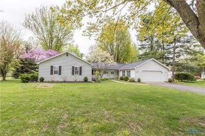 Grand Rapids Single Family Home Contingent: 13341 Woodbrier Lane