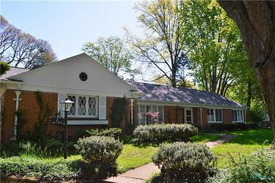 Single Family Home For Sale: 11 Parkwood Drive