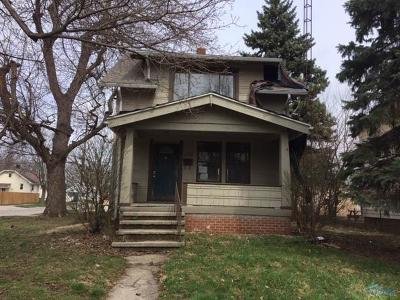 Toledo Single Family Home For Sale: 1758 Mansfield Road