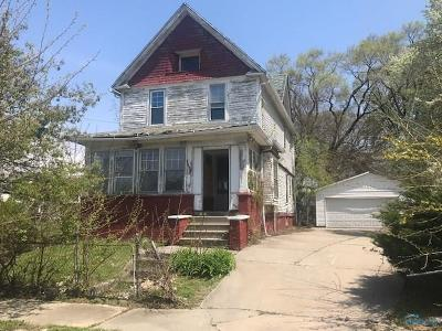 Toledo Single Family Home For Sale: 2478 Putnam Street