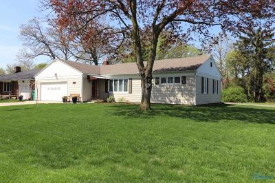 Rossford Single Family Home Contingent: 161 Rosedale Place