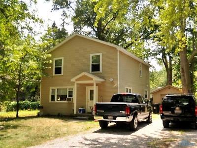 Single Family Home Contingent: 5131 Bainbridge Road