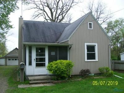 Toledo Single Family Home For Sale: 5665 Camberley Drive