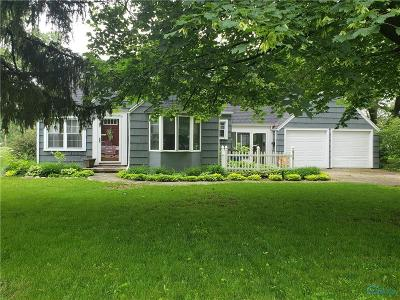 Perrysburg Single Family Home Contingent: 939 Maple Street